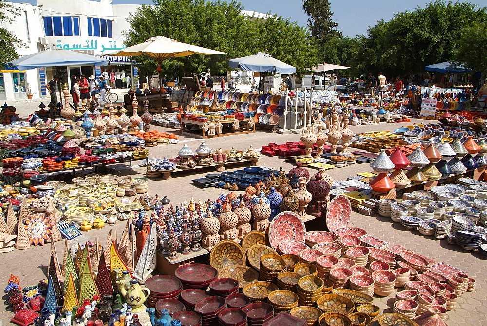 Тунис остров Джерба достопримечательности. Город Хумт-Сук, ранок